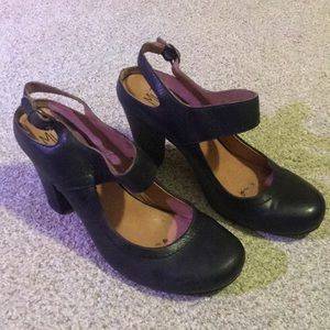 Miz Mooz Mary Jane heels. Black leather. Sz 7.5